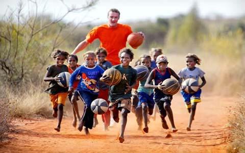 sport games for kids  بازی های اسپورت و ورزشی جهت کودکان و همچنین موارد و نکات ایمنی