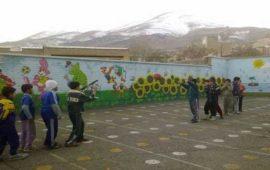 ورزش دانش آموزان در هوای سرد