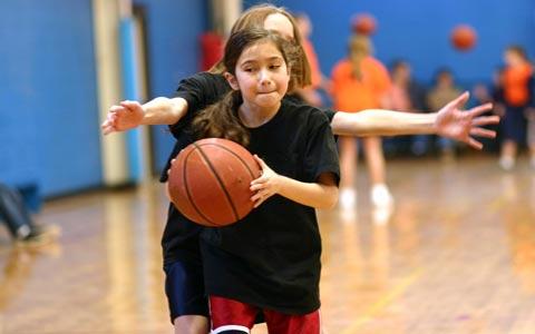 آسیب های ورزشی ورزشکاران جوان