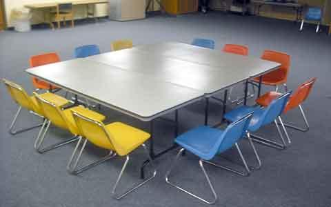 استانداردهای میز و صندلی