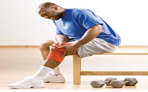 ۶ تمرین ساده برای درمان درد زانو