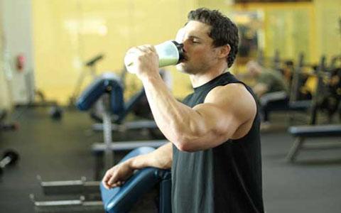 نقش پروتئین در فعالیت ورزشی
