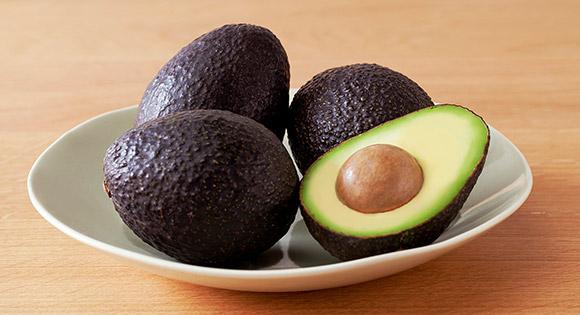 Avocado معرفی بهترین مواد غذایی عضله ساز و همچنین چربی سوز