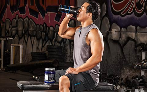 بهترین زمان و میزان مصرف پروتئین