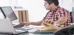 6 اشتباه رایج در رژیم غذایی آقایان برای عضله سازی