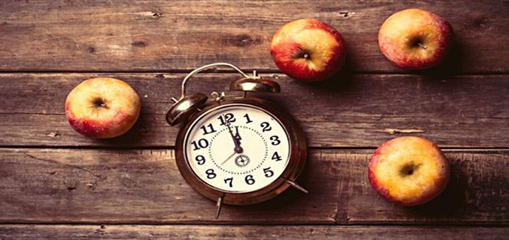 بهترین زمان خوردن میوه قبل از غذا است یا بعد از غذا؟