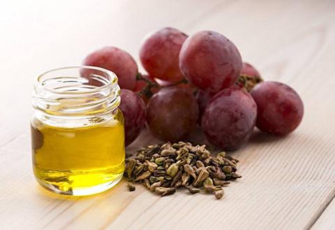 چگونه التهاب بدن را با مواد غذایی طبیعی کاهش دهیم؟