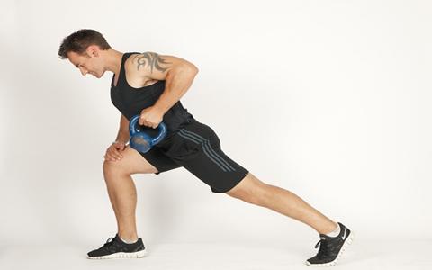 One Armed Row ۴ تمرین ساده جهت تقویت عضلات بازو و همچنین شانه