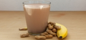 شیک پروتئین چه کمکی به کاهش وزن و کمتر شدن چربی شکم میکند؟