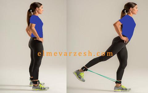 6 حرکت با کش بدنسازی برای عضلات پا و باسن که بهتر از اسکوات هستند
