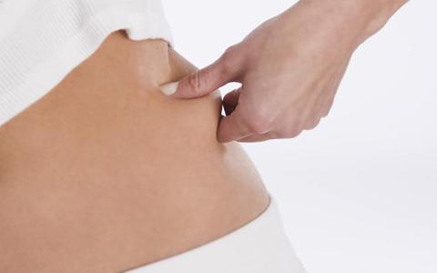 درمان شلی و افتادگی پوست و سفت کردن بدن بعد از لاغری