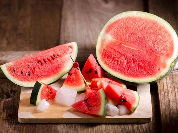 Watermelon معرفی بهترین مواد غذایی عضله ساز و همچنین چربی سوز