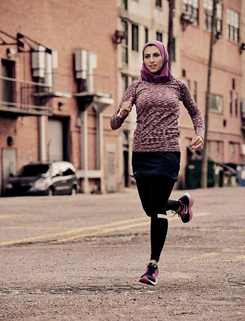 Women hijab mini ۴ اشتباهی که بانوان در مورد ورزش و همچنین تناسب اندام مرتکب میشوند