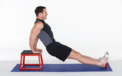 arm chest shoulder exercises 8 برنامه جذاب و جالب و خوب اسپورت و ورزشی مؤثر و همچنین با نتایج سریع که تنها و فقط به پله مستلزم و نیاز دارد