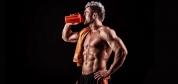 آیا خوردن پروتئین قبل از خواب به عضله سازی کمک میکند؟