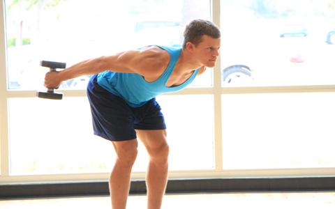 dumbbell triceps exercises ۴ تمرین ساده جهت تقویت عضلات بازو و همچنین شانه