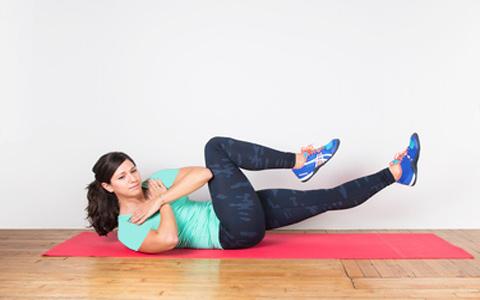15 تمرین بدون وزنه برای تقویت عضلات تنه - تصویری