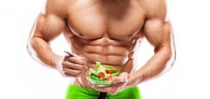 ۱۵ ماده غذایی که برای رسیدن به شکم صاف باید مصرف کنید