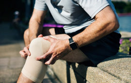 6 تمرین ساده برای درمان درد زانو + تصویر