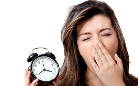 چرا کم خوابی باعث چاقی می شود؟