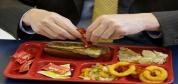 چرا عامل اصلی چاقی ترکیب چربی و کربوهیدرات است؟