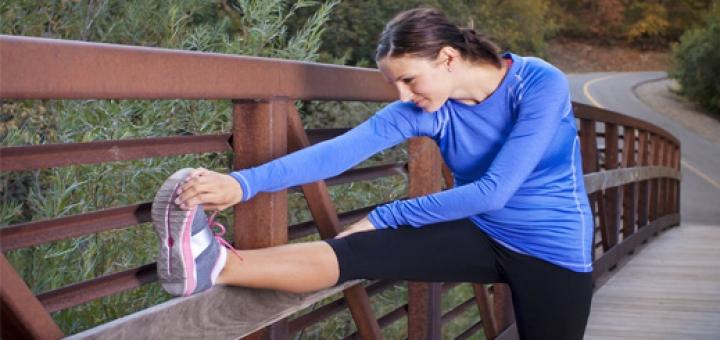 morning exercise 720x340 ۴  حرکت اسپورت و ورزشی جهت شارژ کردن کردن بدن در صبح – عکسی
