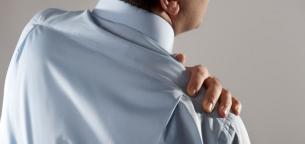 8 نمونه ورزش کششی برای بهبود درد شانه