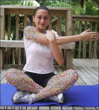 stretching3 home 8 انجام حرکات کششی در منزل ( تصویر)
