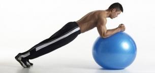 فواید استفاده از توپ بدنسازی و سایز مناسب آن