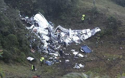 بررسی تلخترین سوانح هوایی که به مرگ ورزشکاران ختم شد