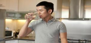 اهمیت آب و مقدار آب مورد نیاز بدن