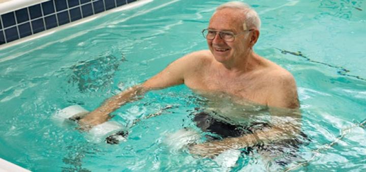 چند تمرین ورزش در آب یا آب درمانی