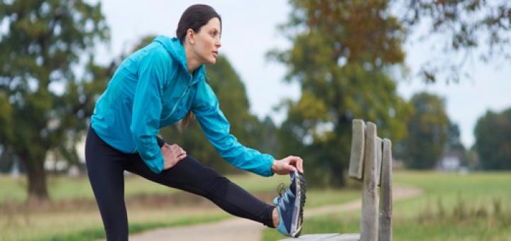 woman exercise 720x340 برنامه جذاب و جالب و خوب اسپورت و ورزشی مناسب جهت خانم ها